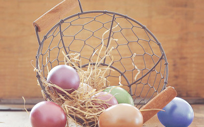 Dying Easter Eggs the Natural Way